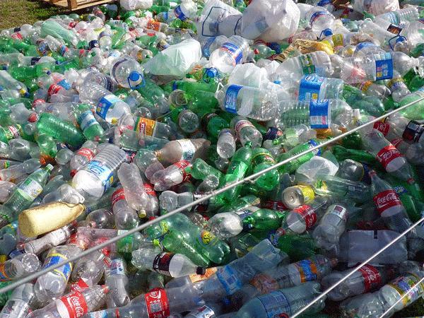 Azienda-per-recupero-e-smaltimento-materie-plastiche-milano