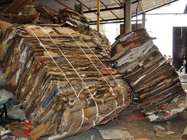 Recupero-carta-e-cartone-lodi