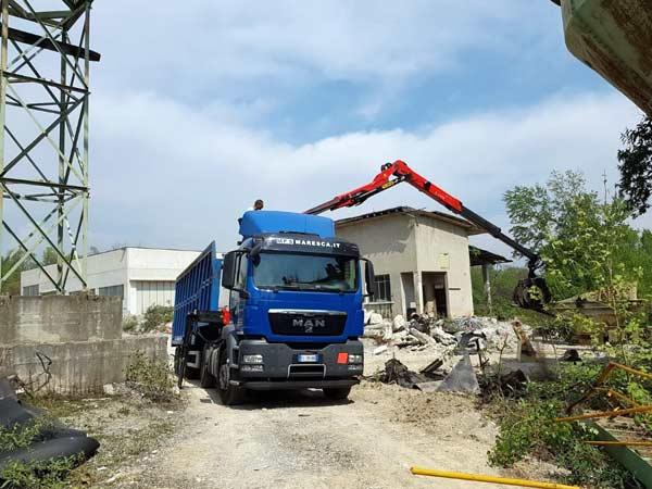 demolizione-controllata-capannoni-industriali-bergamo